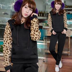 【只有三天$299】兩件式豹紋配色刷毛套裝M-L