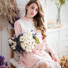 優雅美姬雕花網紗裙毛料洋裝(共2色)
