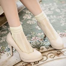 柔彩緹花透膚短襪(共2色)