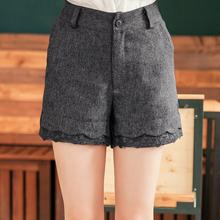 高調注目蕾絲毛料短褲