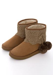 花漾編織毛絨球內增高雪靴