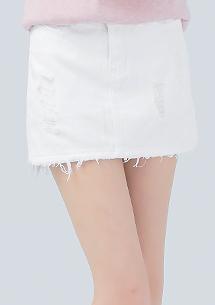 美尻展現彈力牛仔褲裙