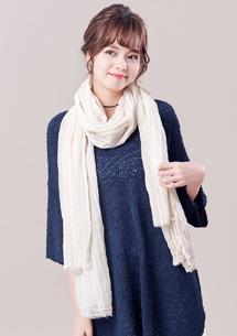 淡雅輕柔造型圍巾